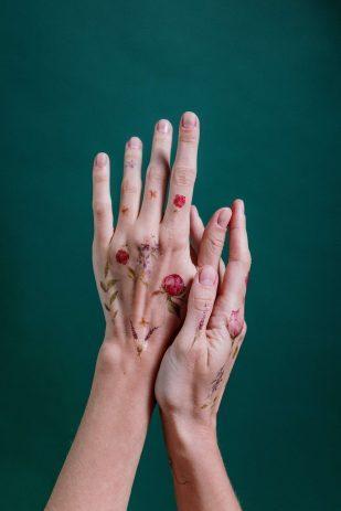 Tatuaje en las manos