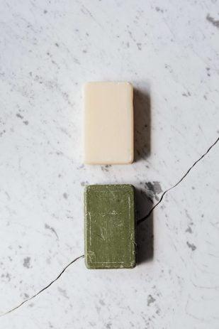 Jabón verde y jabón blanco